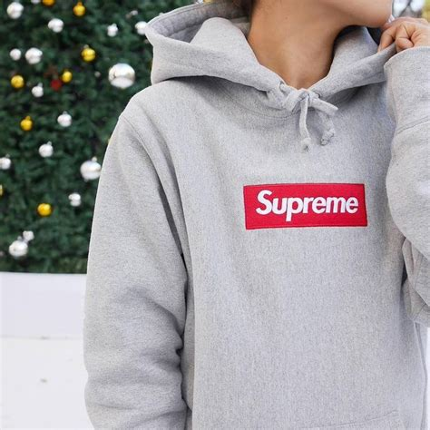 supreme clothes best 25 supreme hoodie ideas on supreme