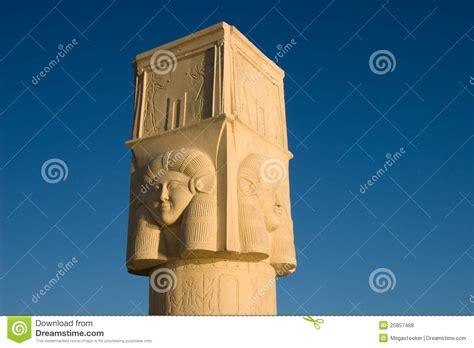 imagenes estatuas egipcias estatuas egipcias antiguas fotos de archivo libres de