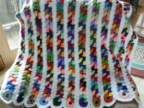 Pattern For Scrap Yarn Afghan   my scrap yarn afghans afghans and rugs in crochet