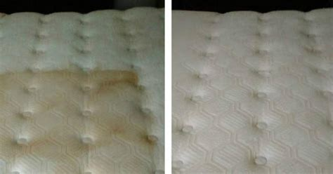 How To Clean The Bed Mattress by How To Clean Your Mattress Naturally