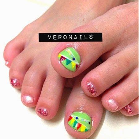 24 glitter nail art ideas tutorials for glitter nail designs