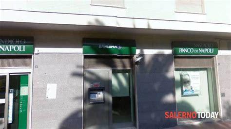 Banco Di Napoli Salerno by Rapina Al Banco Di Napoli A Sapri 15mila Il Bottino