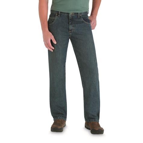 wrangler rugged wear cargo s wrangler 174 rugged wear relaxed fit 220042 at sportsman s guide