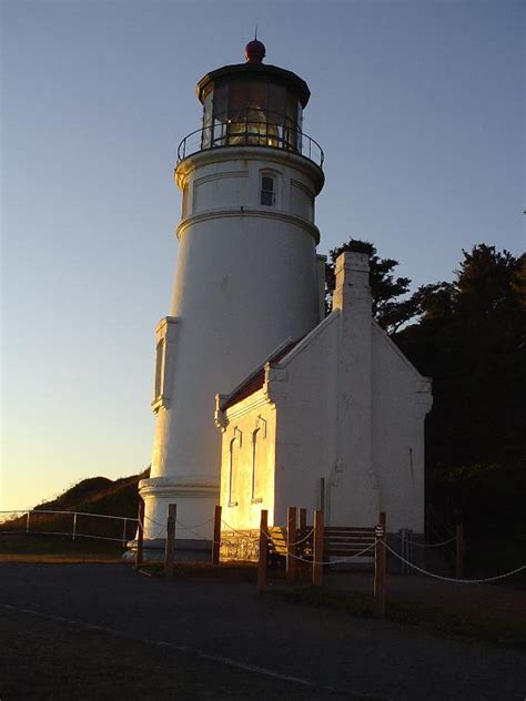 lighthouse bed and breakfast heceta head lighthouse and light keeper s house