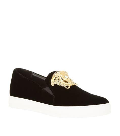 versace medusa sneakers versace medusa velvet skate shoe in black for lyst