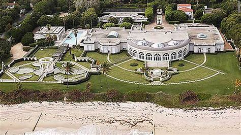 donald trump house in florida that time a russian billionaire paid trump 95 million for