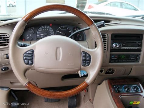 2000 Lincoln Navigator Interior by 2000 Black Clearcoat Lincoln Navigator 1529220 Photo 4