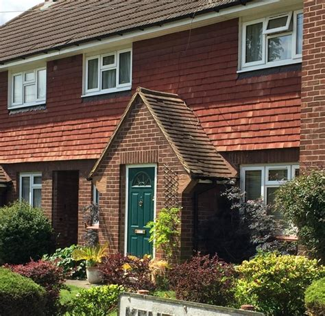 2 bedroom house private rent 2 bed house terraced to rent kent close staines upon