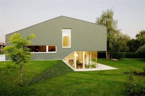 split level house prototype split level residence by andreas karl architecture