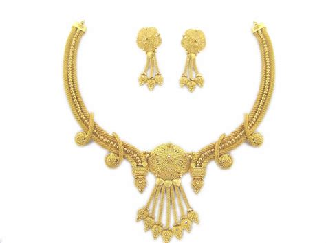 gold jewelry gold necklaces gold necklace set gold ornaments