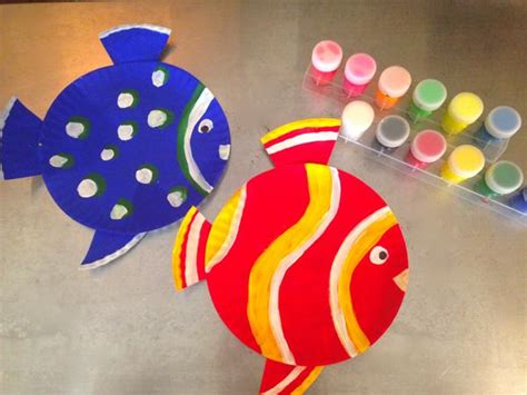 How To Make Fish Out Of Paper Plates - paper plate fish bowl craft images