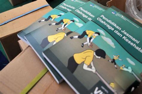 Kesehatan Lingkungan Revisi By Juli Sumirat satu harapan kemdikbud kebut revisi buku kurikulum 2013
