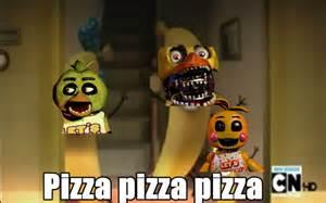 Chica pizza meme by yasmincarvanha on deviantart