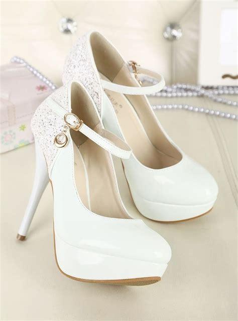 imagenes de zapatillas groseras m 225 s de 25 ideas fant 225 sticas sobre zapatos blancos de boda