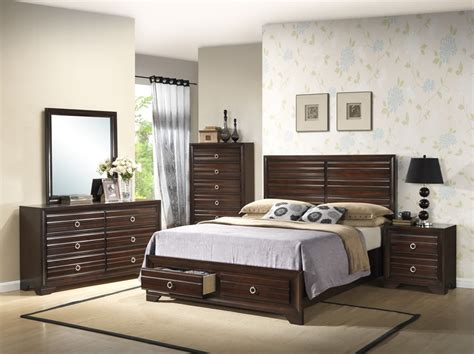 furniture distribution center now offers wholesale