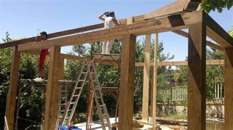 come costruire un gazebo in legno lamellare gazebo in legno da giardino gazebo gabezo per giardino