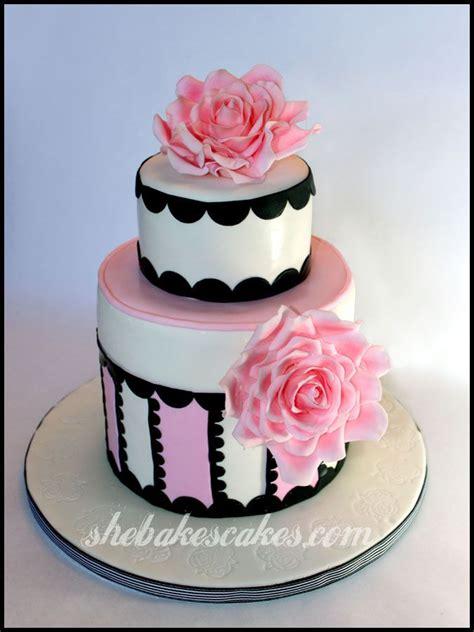 fondant roses cake  birthday cake barbourvile kentucky  bakes cakes llc baking
