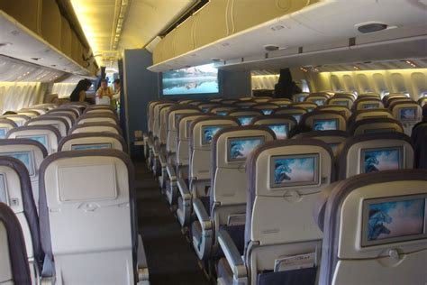 Jeddah to Dubai in Saudia Economy Class   Live and Let's Fly