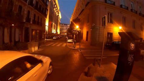 grabando por las calles de madrid durante la noche youtube