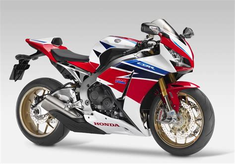 honda cbr 600 fireblade honda cbr1000rr fireblade sp 2014 on review mcn