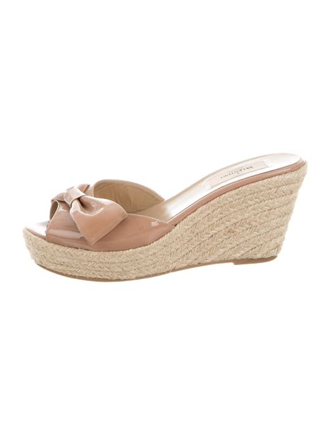 wedge slide sandals valentino slide wedge sandals shoes val67754 the