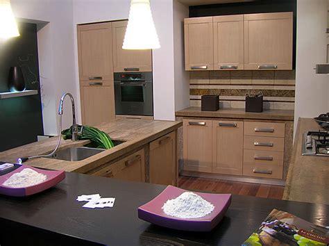 piastrelle su cartongesso cucine su misura in rovere sbiancato