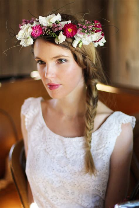 68 flower crown ideas to complete your wedding hairstyle 10 diy floral crowns