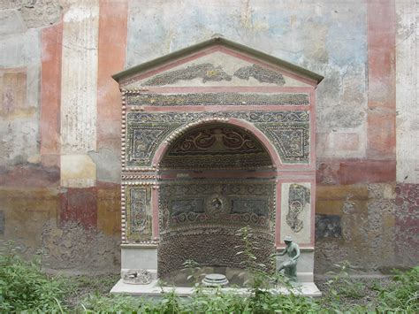 file pompeii house of the small jpg wikimedia