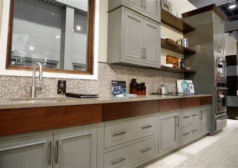 bertch kitchen cabinets the 25 best dupont zodiaq ideas on pinterest marble