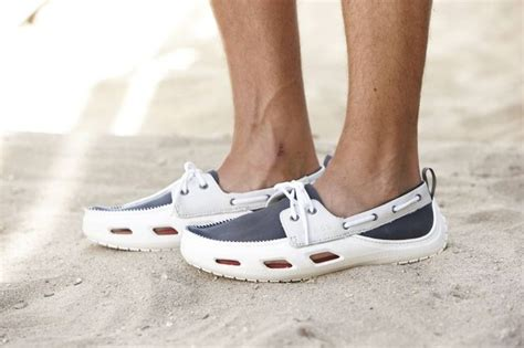 crocs cove boat shoes 17 best images about pontoon boat on pinterest the boat