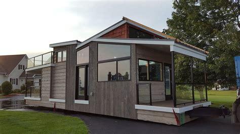 400 square foot tiny house on wheels house plan and tiny house town utopian villas denali model 400 sq ft