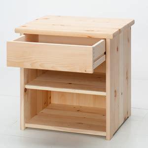 comodino in legno comodino legno massello tea linear alpine la casa