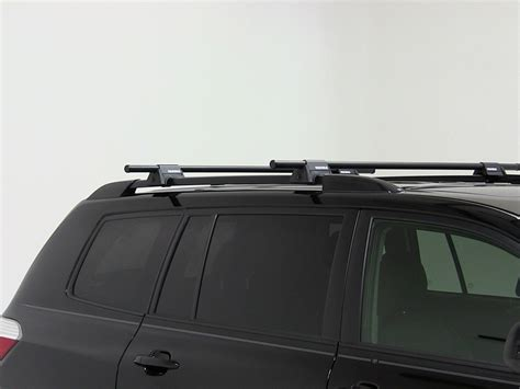 yakima roof rack for 2010 toyota highlander etrailer