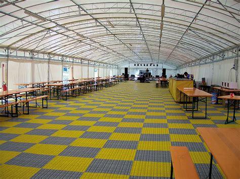 pavimenti modulari pavimenti per fiere e stand pavimenti modulari componibili