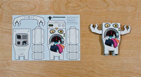 Paper Toys   Oliver Barrett : Design ? Art Direction