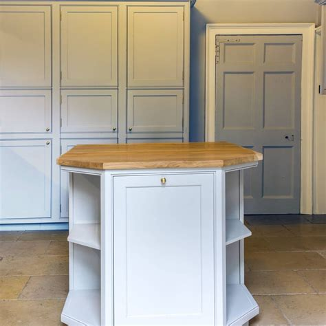 bespoke kitchen island classic kitchen in a georgian property