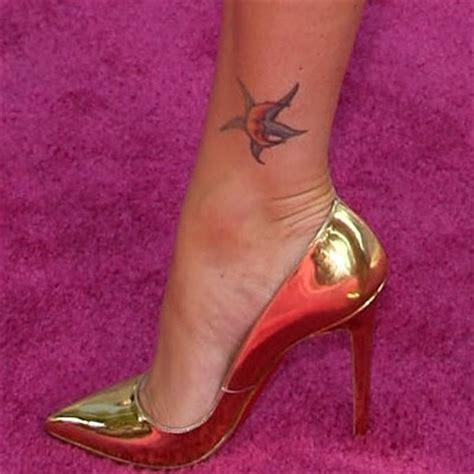 tatuaggi stelle con lettere dentro gossip notizie personaggi famosi news curiosit 224 moda