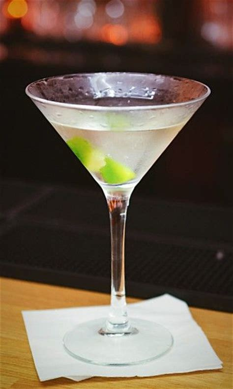 best vermouth for gin martini 25 best ideas about martini recipe on