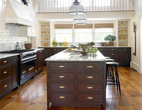 where to place hardware on kitchen cabinets kitchen cabinets hardware placement options