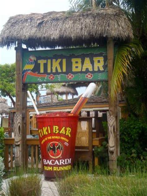 Inn Tiki Bar Tiki Bar Home Of The Rum Runner Picture Of Postcard