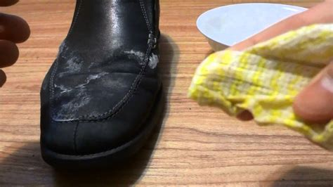how to remove stains from white shoes maxresdefault jpg