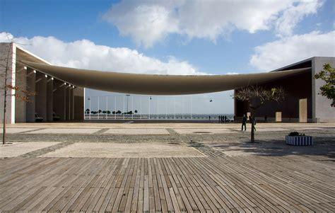 Pavillon Lissabon by Portuguese National Pavilion Lisbon By Alvaro Siza