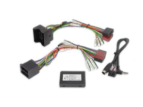 stereo con comandi al volante interfaccia comandi al volante e display per mercedes