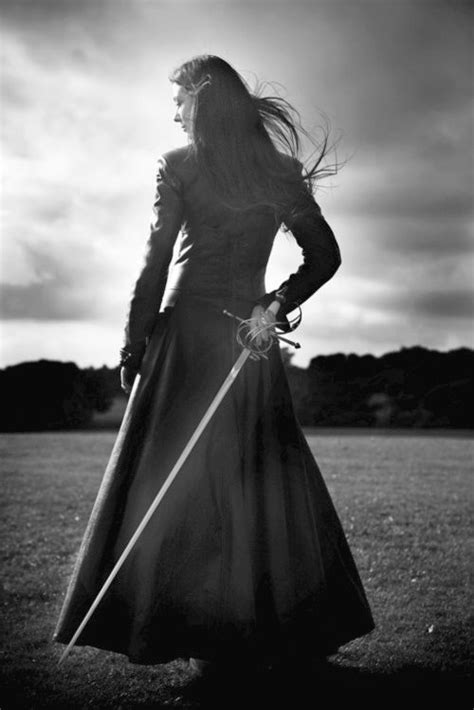 http://art-of-swords.tumblr.com/post/21173713488/sword