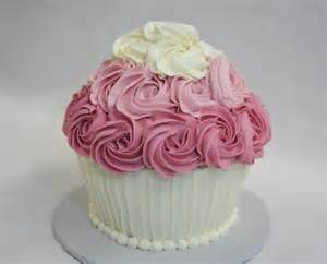 cupcake kuchen cupcake smash cake around the world in 80 cakes