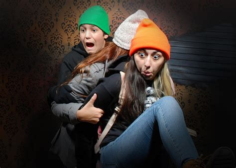 the fear factory haunted house niagara falls haunted house nightmares fear factory best niagara falls attraction