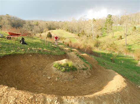 backyard bmx track design pump track build bmxmuseum com forums