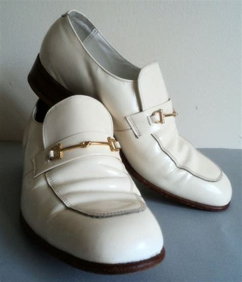 s white patent leather shoes