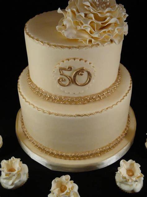 Cream and Gold 50th Wedding Anniversary Cake!   Wedding