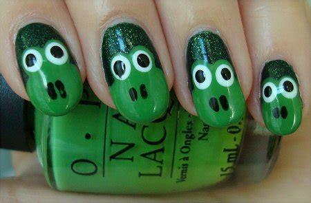 natural nail art tutorial nail art tutorial frog nails swatch and learn
